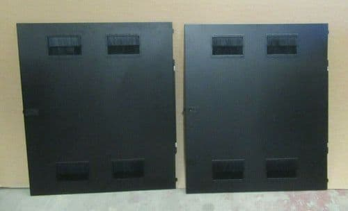 2x APC Vented Side Panels 2 Panels for NetShelter SX AR3150 42U Rack Cabinet